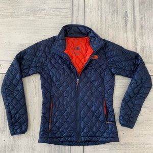 NorthFace Thermoball Summit Size Small- Rare Color
